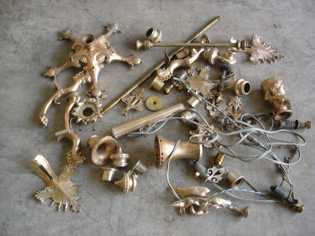 Chandelier barbedienne en pièces détachées