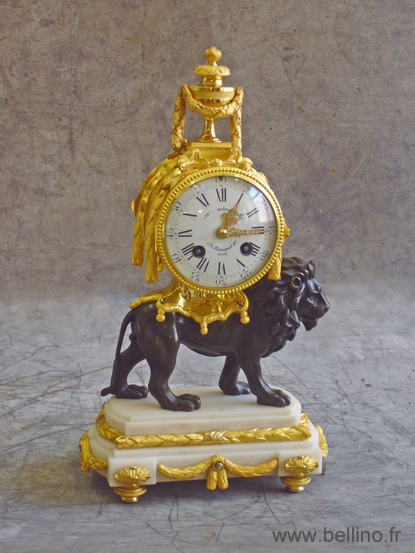 """pendule """"au lion"""" après restauration"""