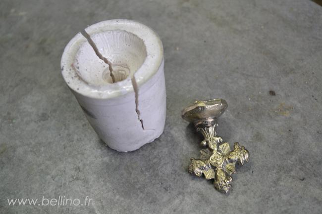 Moulage de la croix du ciboire en argent