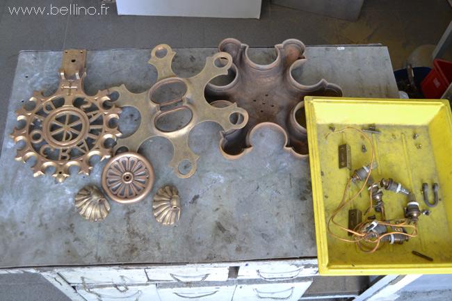 démontage du lustre en bronze du séminaire de Nice