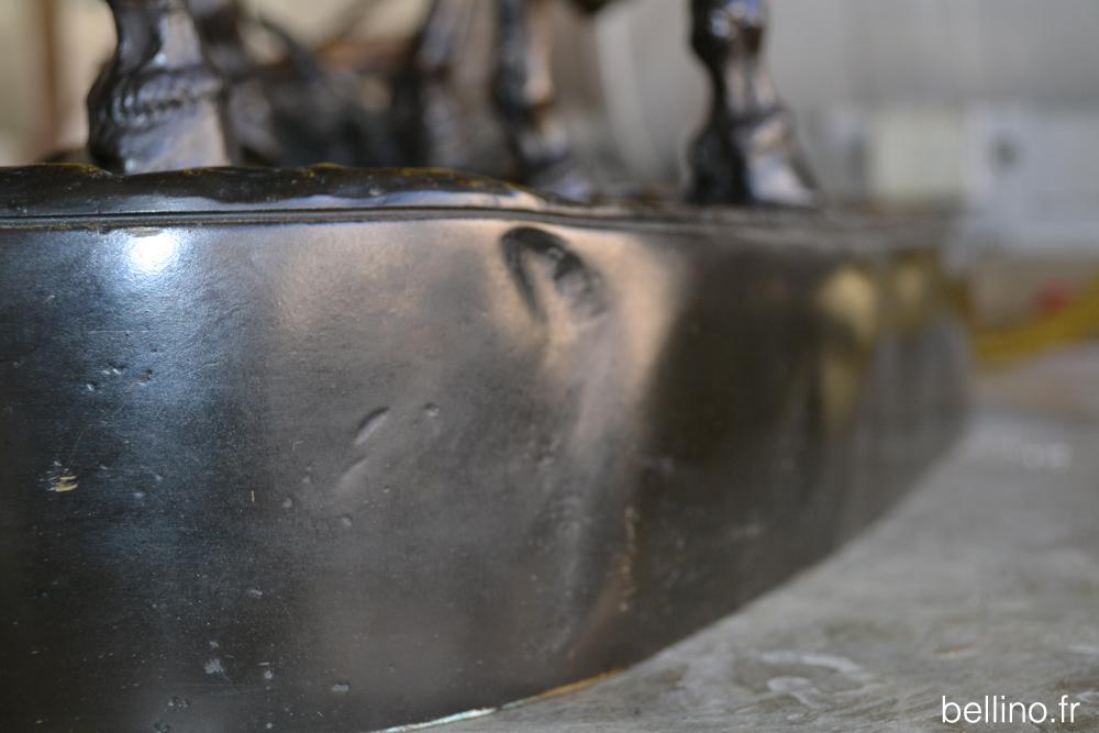 Défaut sur le bronze de Lanceray